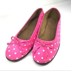 NWOB Aerosoles Teashop Pink white dot flat